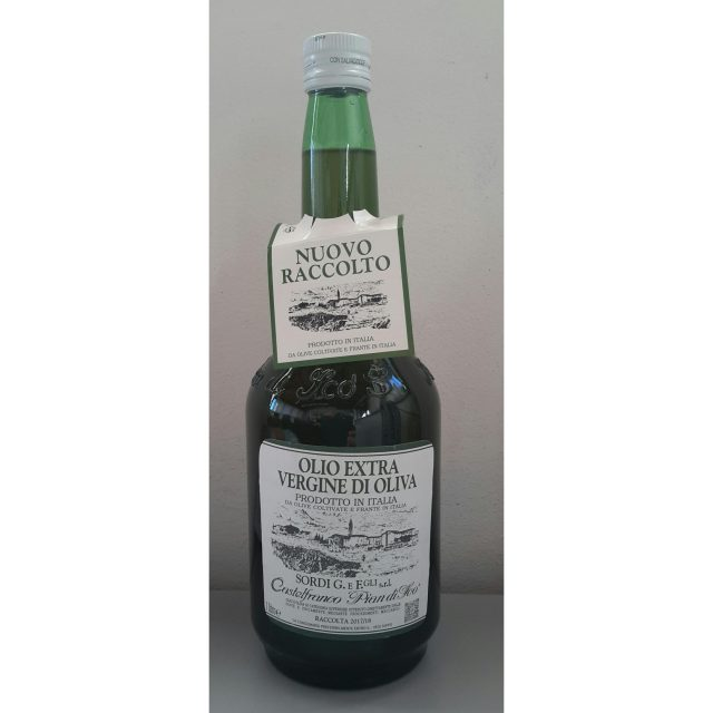 1 liter bottle of Piandiscò oil